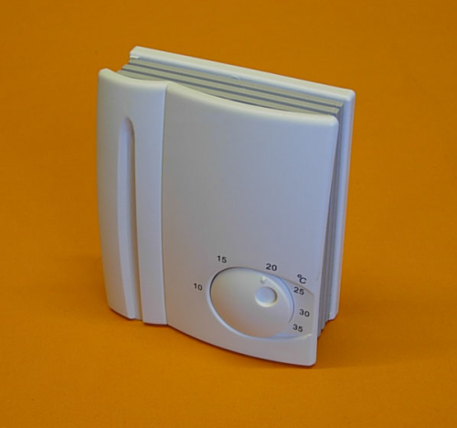 ELECTRONIC ROOM THERMOSTAT 16AMP 240v