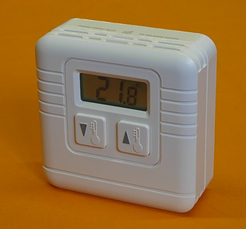 SIMPLE TO OPERATE DIGITAL ROOM THERMOSTAT VF