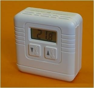 SIMPLE TO OPERATE DIGITAL ROOM THERMOSTAT 240V
