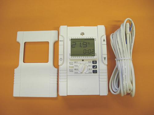 Programmable Room & Floor Thermostat 16Amp VF