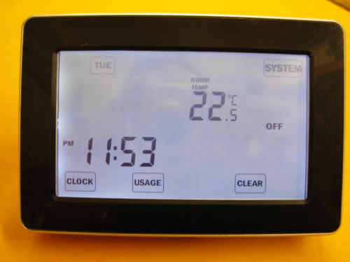 TOUCH SCREEN PROGRAMMABLE ROOM THERMOSTAT (BLACK)